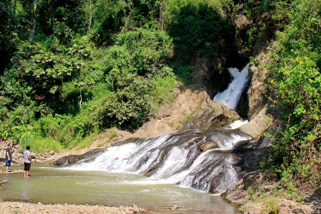 curug-merak-wisata-alam-nan-eksotis-di-desa-kemiriombo